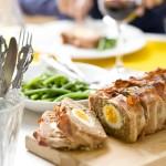 Gehaktbrood met ei en spek & Pinot Noir