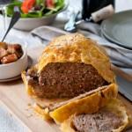Gehaktbrood in bladerdeeg met appel-vijgenchutney & Zinfandel
